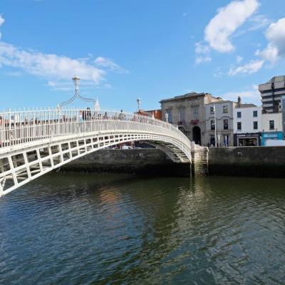 jusqu'en 1919 il fallait payer 1/2 penny pour franchir ce pont