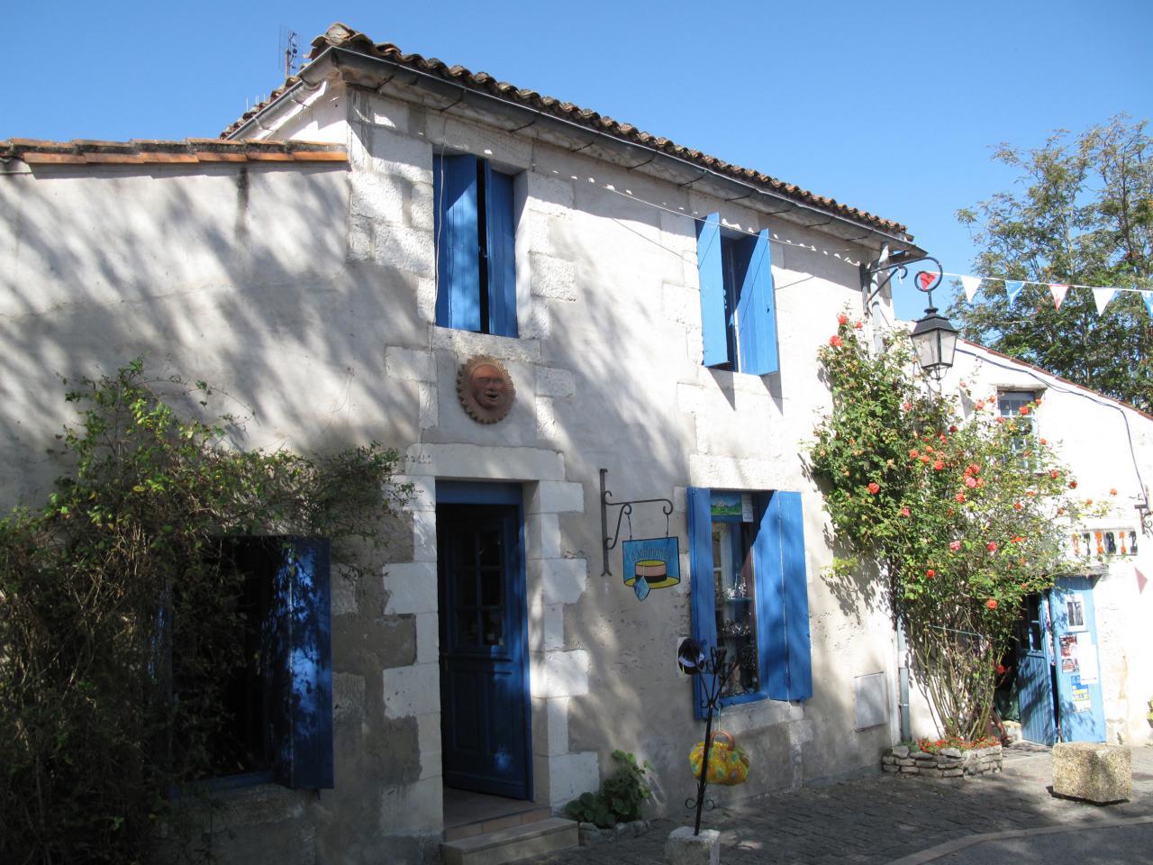 Bleu comme ... une maison charentaise