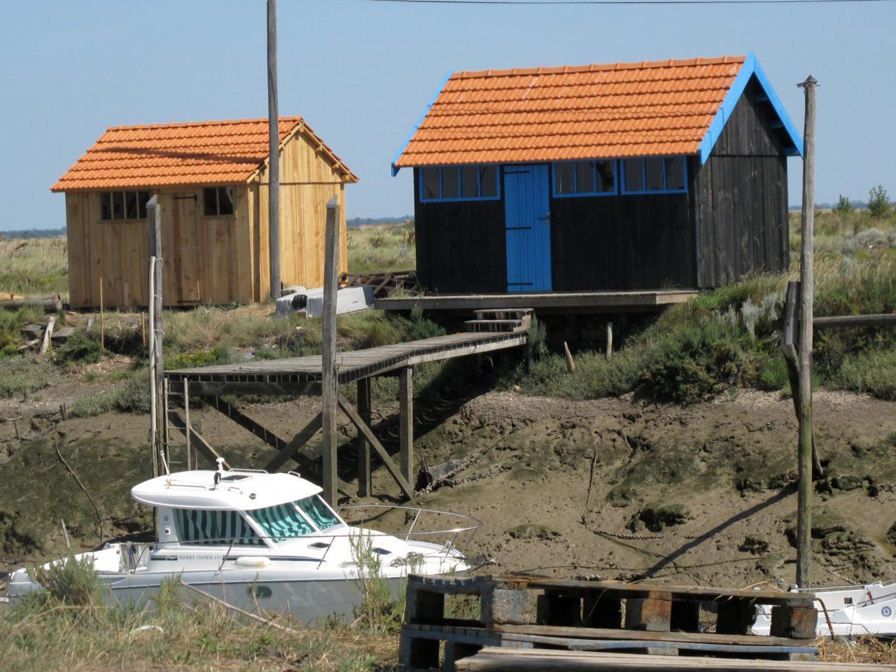 Bleu comme ... Les cabanes ostréicoles (La Tremblade)
