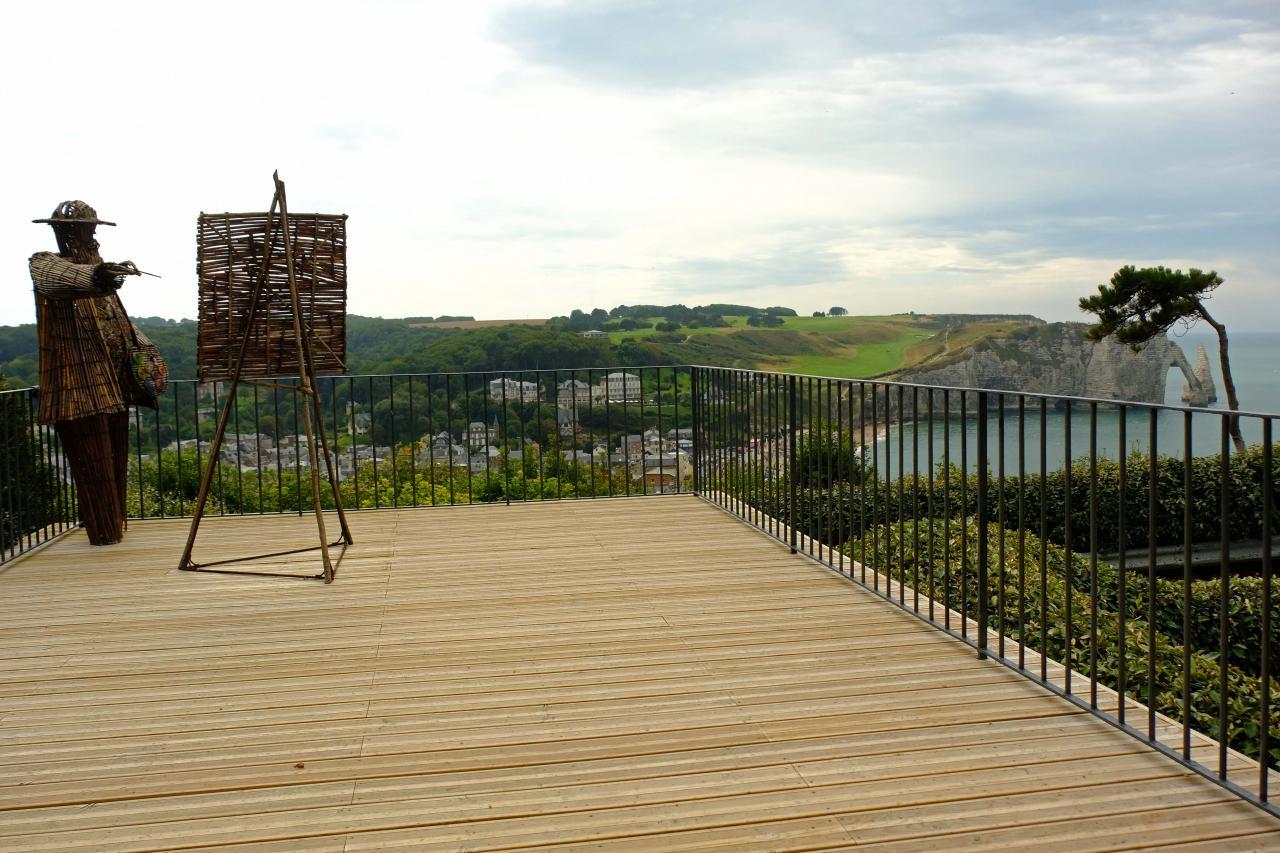 Claude Monnet a peint les falaises en 1886 depuis cette terrasse