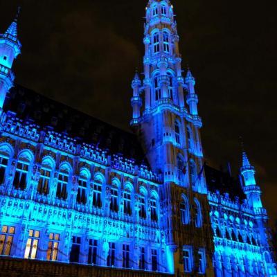 """Bleu comme ... l'hôtel de ville de la """"Grand-Place"""" de Bruxelles"""