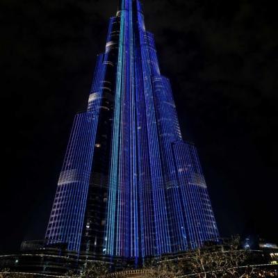 Bleu comme ... l'éclairage de la Burj Khalifa à Dubaï