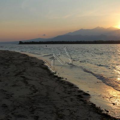 Promenade matinale, il est 6h, le soleil se lève