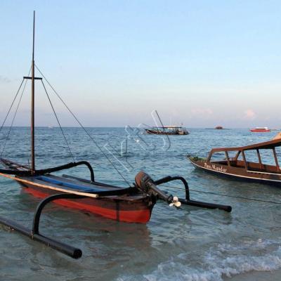 Le jukung est ce petit voilier de pêche traditionnel indonésien