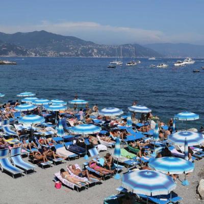 Bleu comme ... ces parasols entre Santa Margherita et Portofino (IT)