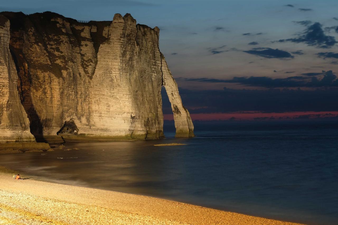 spots du soir sur la falaise d'Aval
