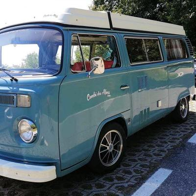 Bleu comme ... ce combi VW qui me tenterait bien !!