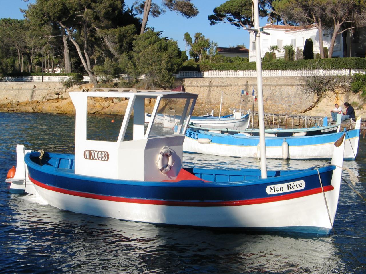 Bleu comme ... les barques de l'Olivette (Cap d'Antibes)