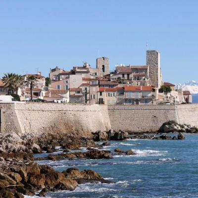Les remparts d'Antibes - mars 2014