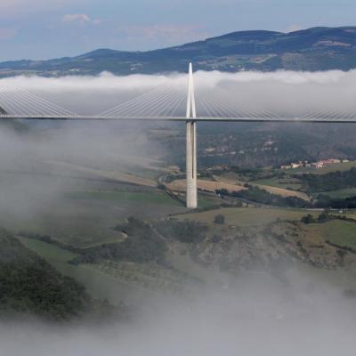 Le viaduc sort du brouillard après 1h30 d'attente ... la récompense !
