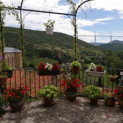 Le Viaduc vu de Peyre, un des plus beaux villages de France