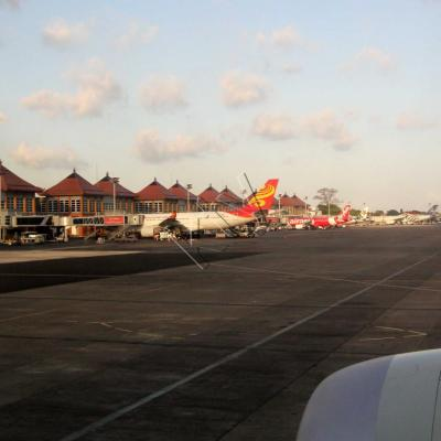 17h30 arrivée à Bali ...
