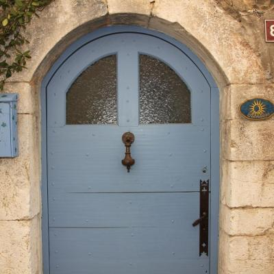Bleu comme ... la maisonnette à Biot