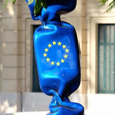 """Bleu comme ... ce bonbon """"européen"""" à Cannes"""
