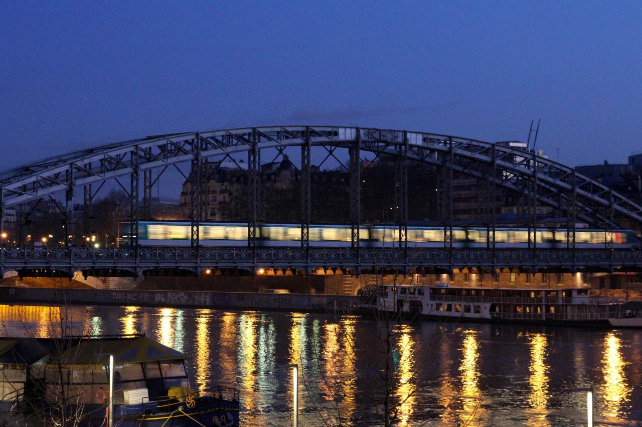 Bleu comme ... le métro Gare d'Austerlitz