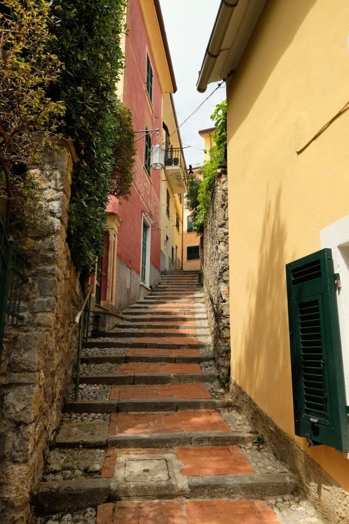 tout petit village merveilleux à flanc de montagne, à 10 minutes de Lerici