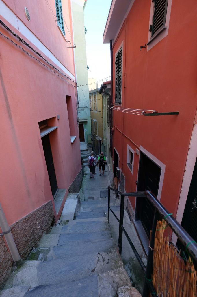 traversée de Vernazza pour reprendre le sentier direction Monterrosso