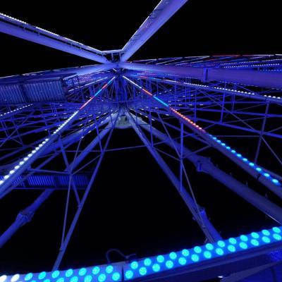 Bleu comme ... la grande roue d'Antibes à Noël