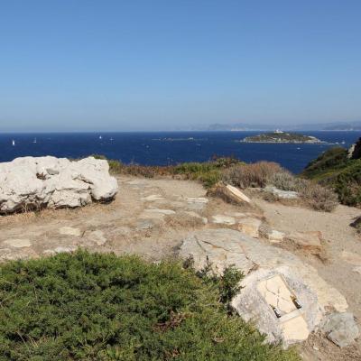 Paul Ricard et son fils Patrick sont inhumés sur l'île, face à la mer