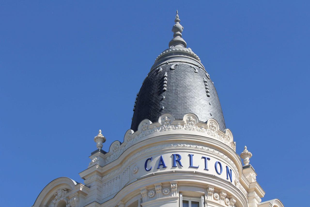 Bleu comme ... le Carlton à Cannes