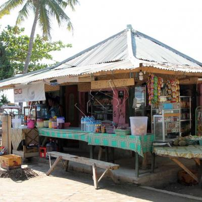 warong sur le port de Gili Air