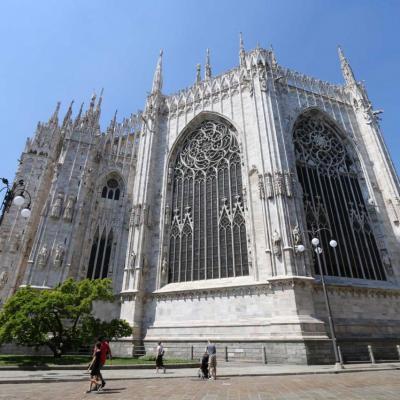 imposante sous tous les angles, cette cathédrale !