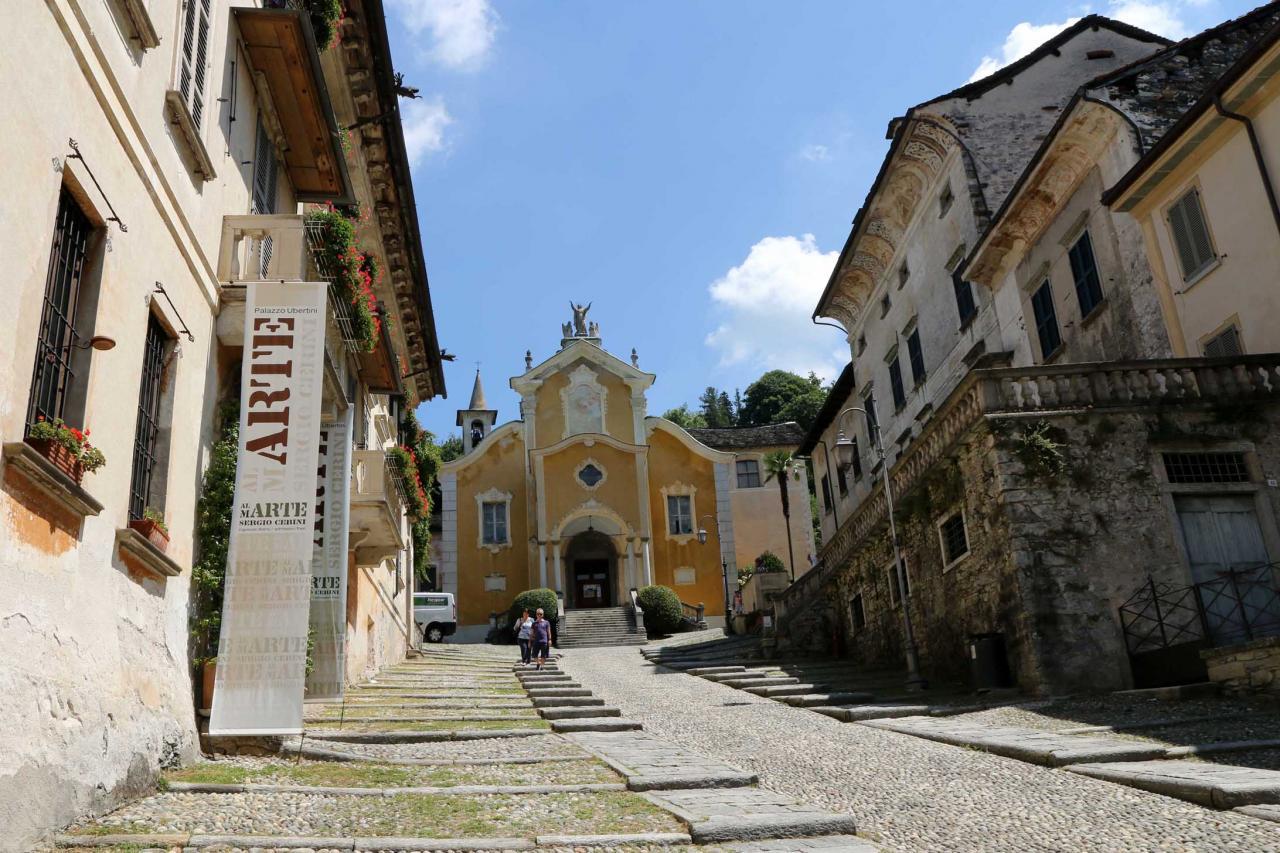 Orta San Giulio, petite ville située au Sud du lac d'Orta