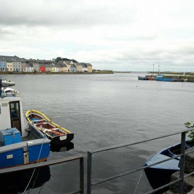 Galway, les pieds dans l'eau et son petit port