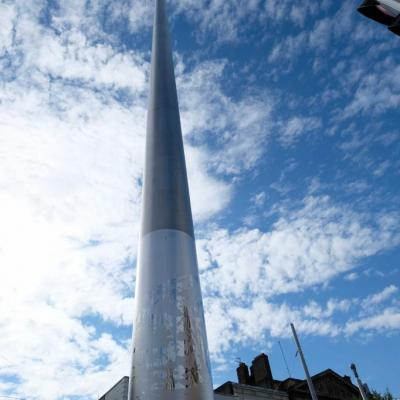 sur O'Connell Street à Dublin sa hauteur est de 120 m
