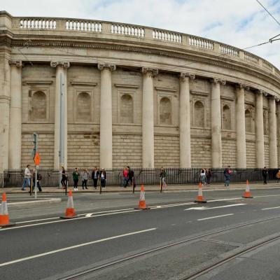 l'Ancien Parlement Irlandais (désormais aux mains de la Banque d'Irlande).
