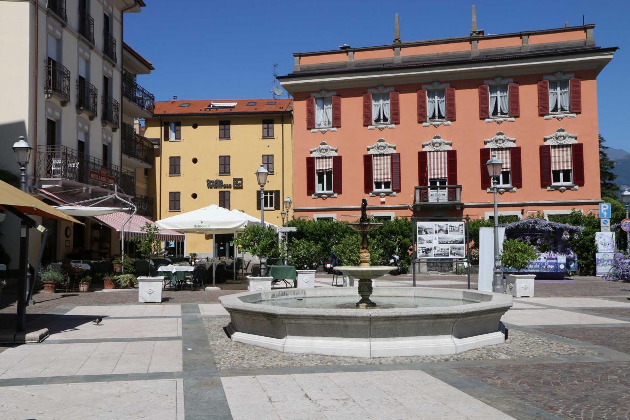 Place de Menaggio