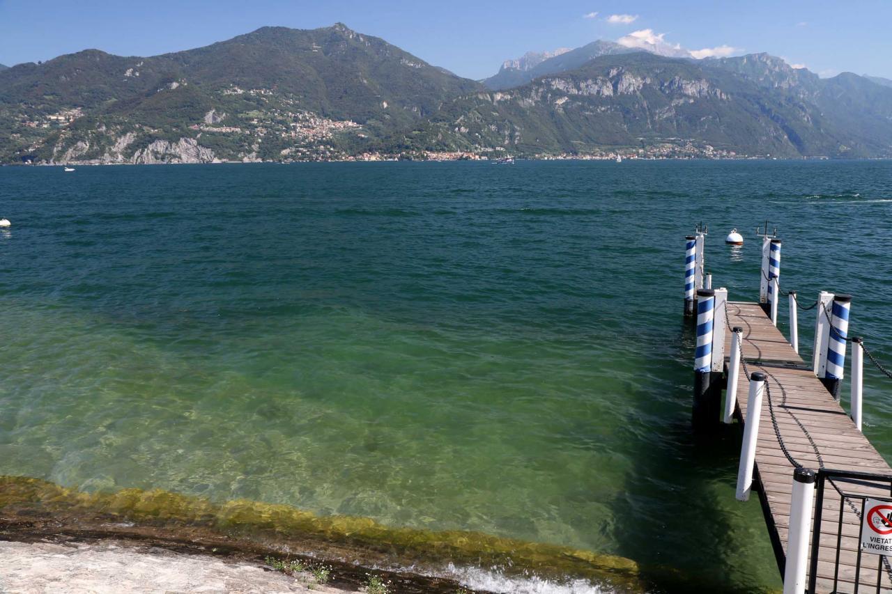 le panorama à 360°, au centre du lac de Côme, est magnifique