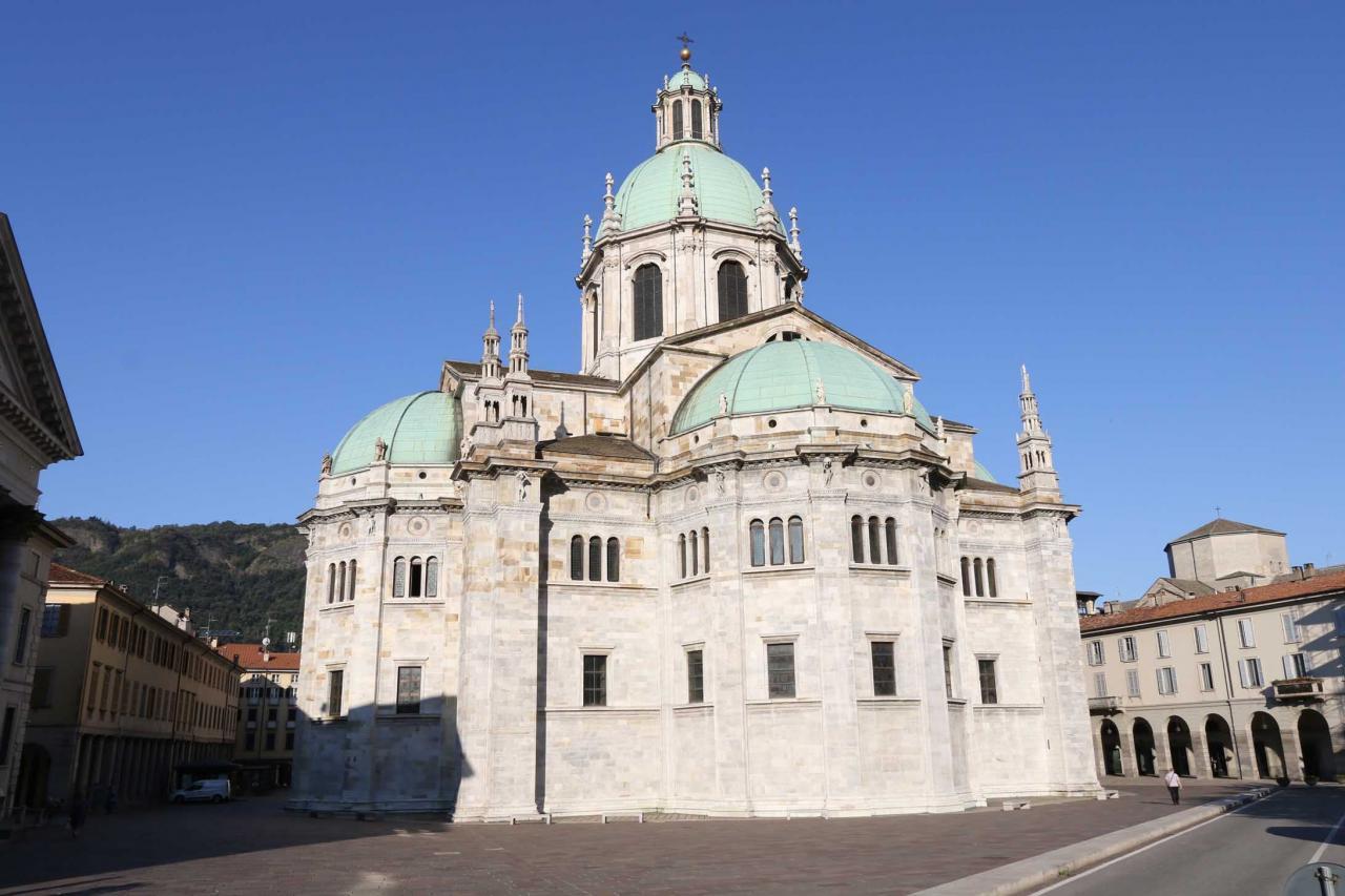 Construite entièrement en marbre fin du XIVe