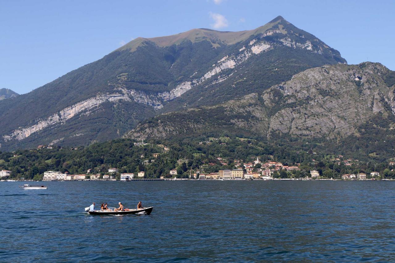 Tremezzo vu de Bellagio au pied du Mont Procione