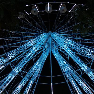 Bleu comme ... la roue du Lavandou
