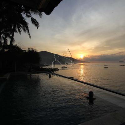 lever du soleil sur Candidasa