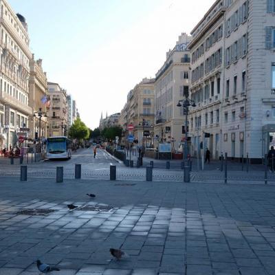 la célèbre Cane Cane Canebière est le centre nerveux de Marseille, mais bof ...