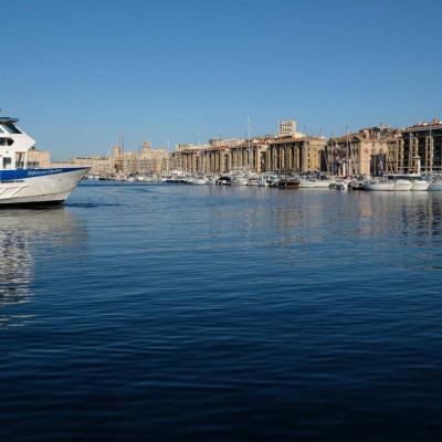 Le vieux port avant le grand trafic de la journée