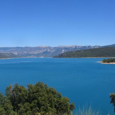 bleu comme ... Le lac de Sainte-Croix (Verdon)