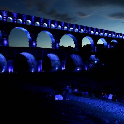 Bleu comme ... le Pont du Gard lors du son et lumières