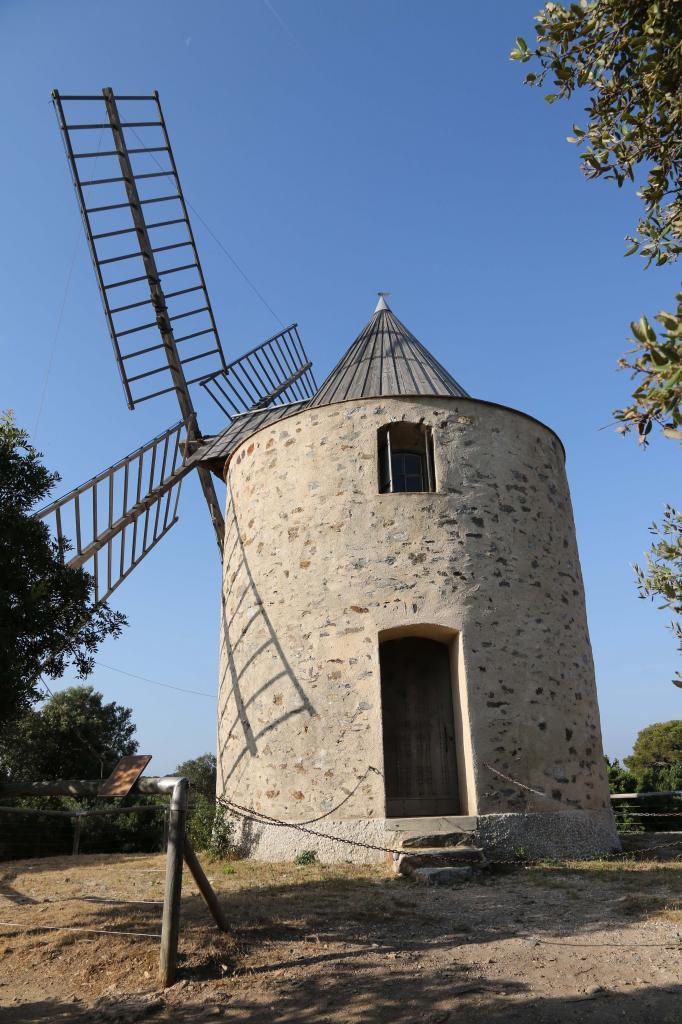 Porquerolles - Le Moulin du Bonheur
