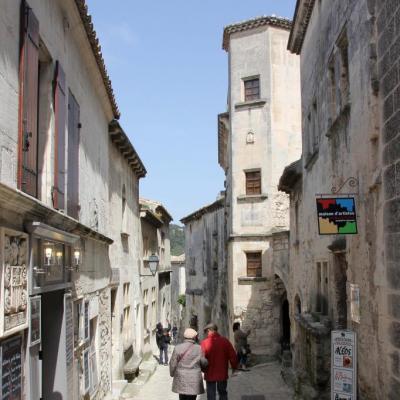 Les Baux-de-Provence un jour de mistral en avril, sans la foule !