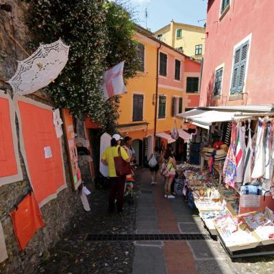 La petite ruelle des artisans qui monte à l'église San Giogio