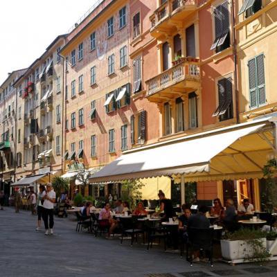 Les façades colorées et peintes en trompe l'oeil de Ste Margherita