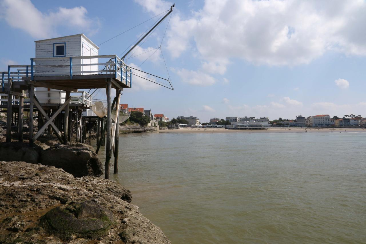 Les carrelets de Pontaillac (plage de Royan) le 1er juin 2014