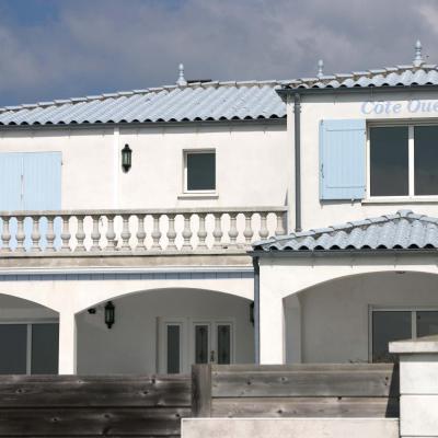 Bleu comme le toit d'une villa de Royan ! pas commun !