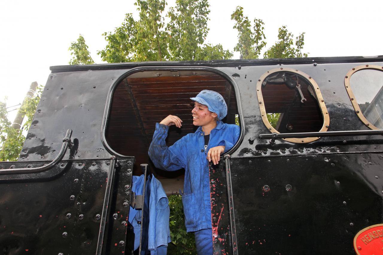 bleu comme ... Les cheminots du train à vapeur (le train des Pignes)